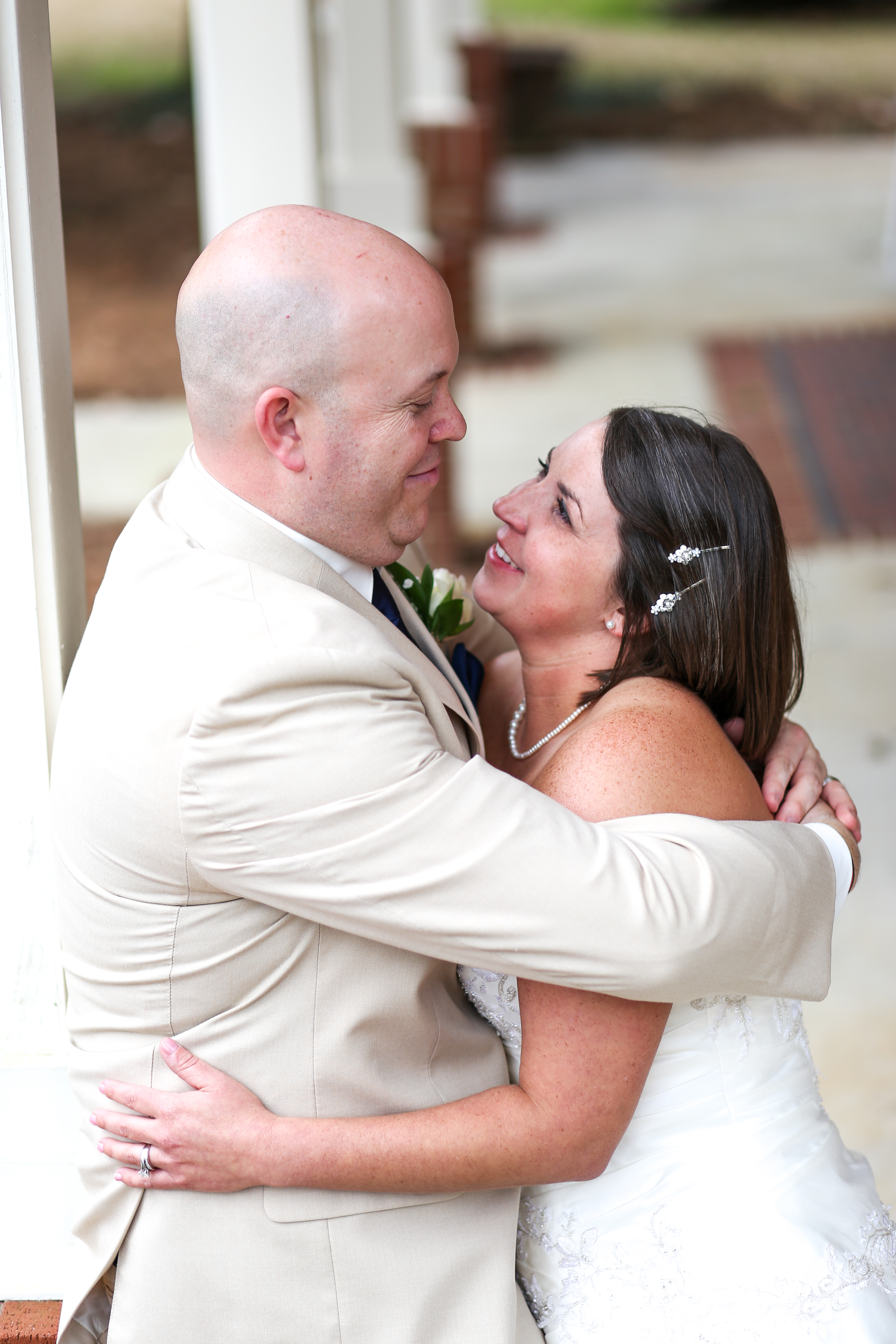 February brought the sweet wedding of Amy & Troy! They were such a calm & laid back couple, just ready to be married!