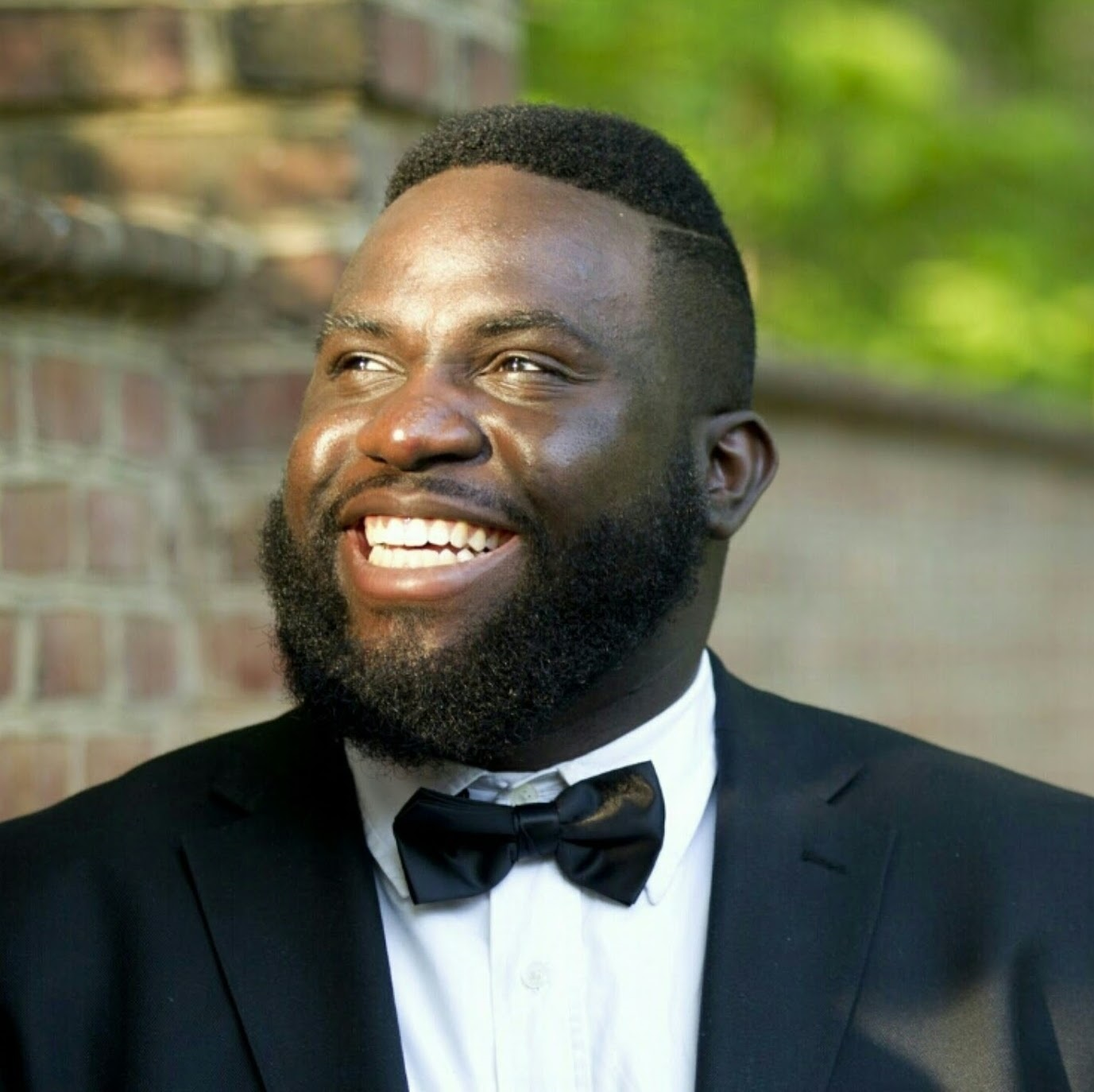 Sola Fadiran, Vocalist - Mr. Fadiran is a Nigerian-American lyric baritone and is currently studying acting at the Yale School of Drama. He has performed as a Young Artist with the Cincinnati Opera, as well as their