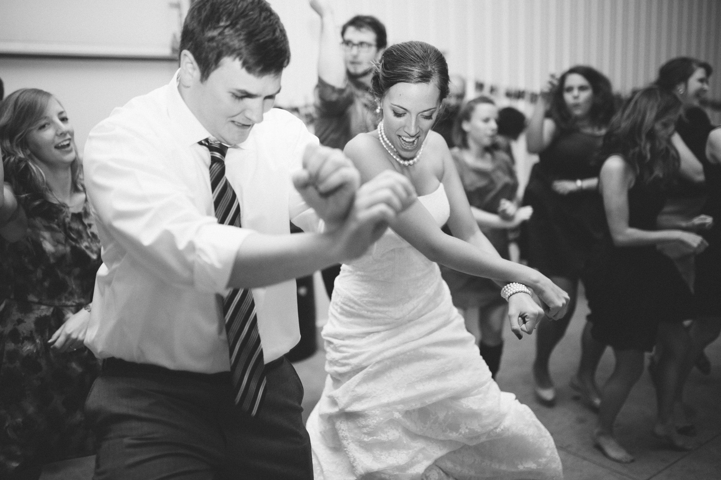The Lovebirds showing their moves!