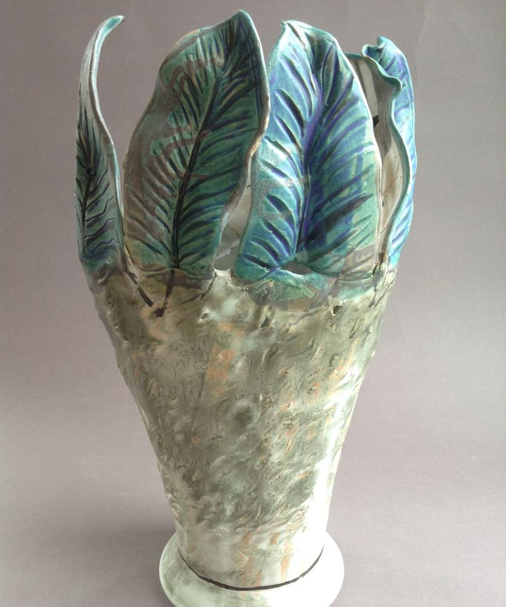 ceramic leaf-pattern vase