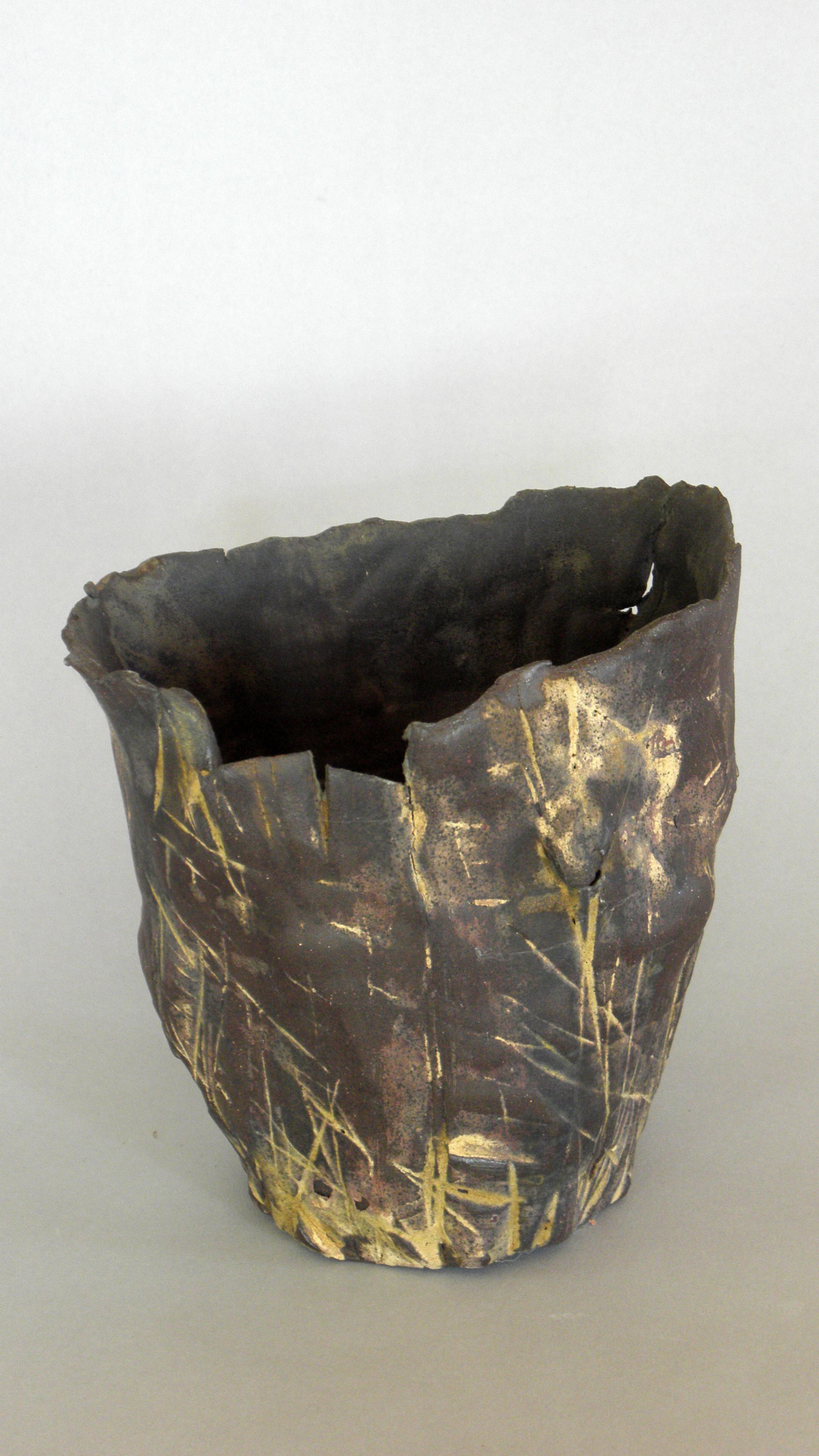 ikebana pottery vase