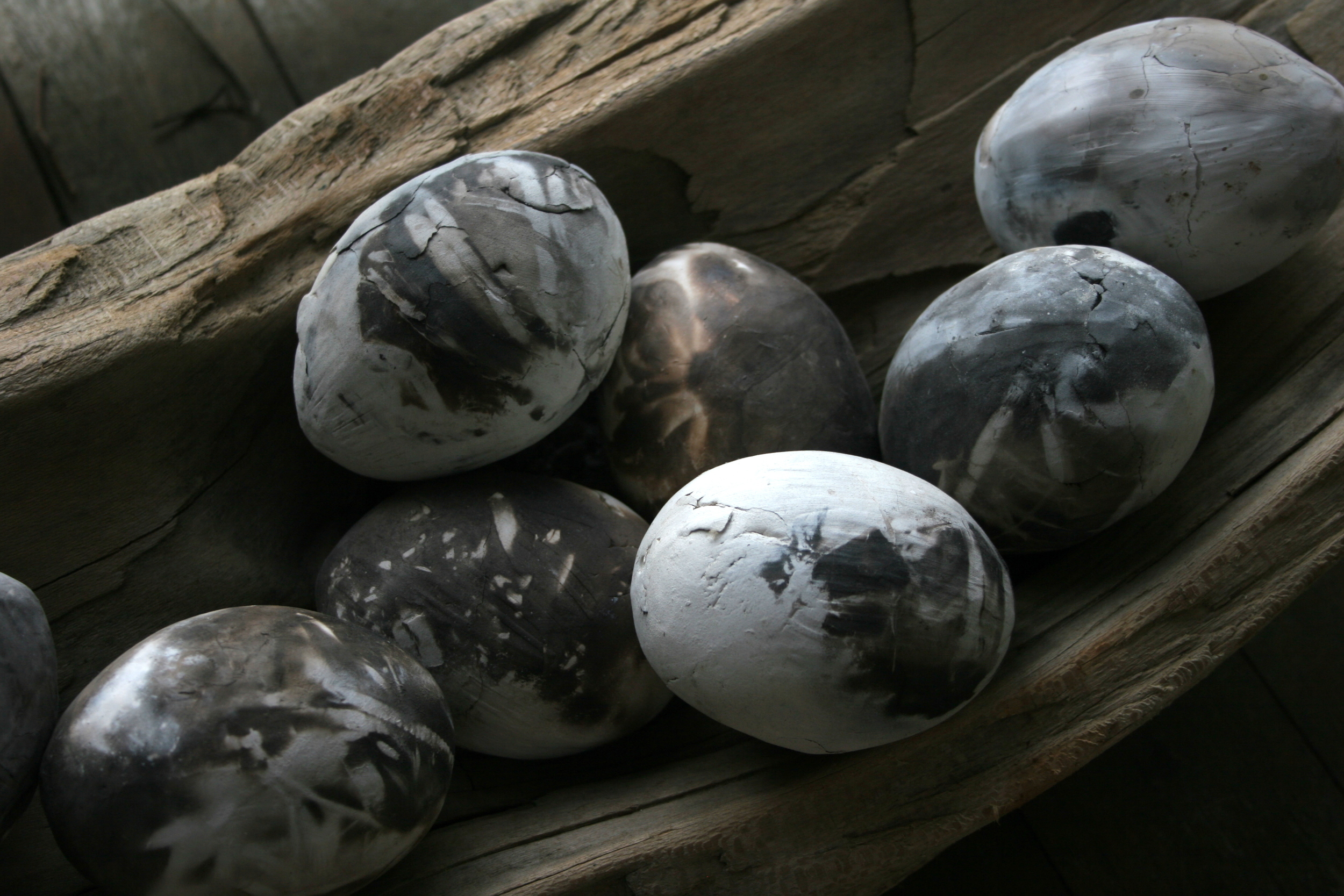 ceramic birds eggs