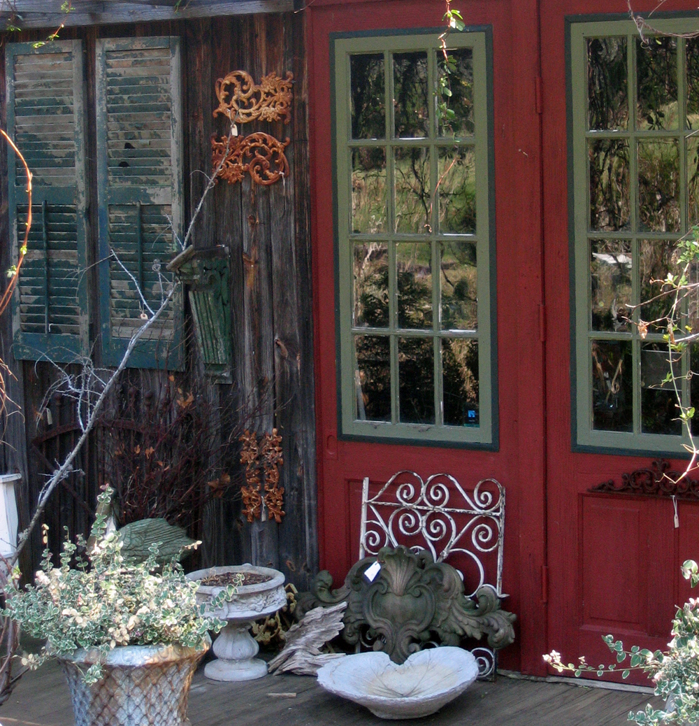 garden pots and birdbaths