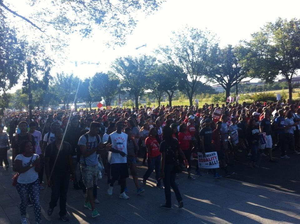 Thousands of Howard U folks hit the Washington mall. March on!