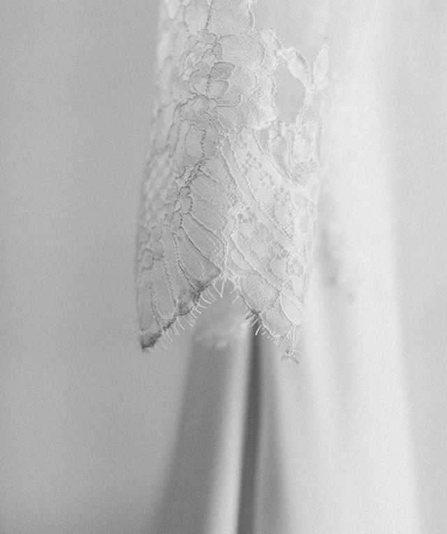 Help a sister out, what do we call this kind of lace with the frayed edges? Ashlie was stunning wearing this in her January wedding and I just loved this little detail.