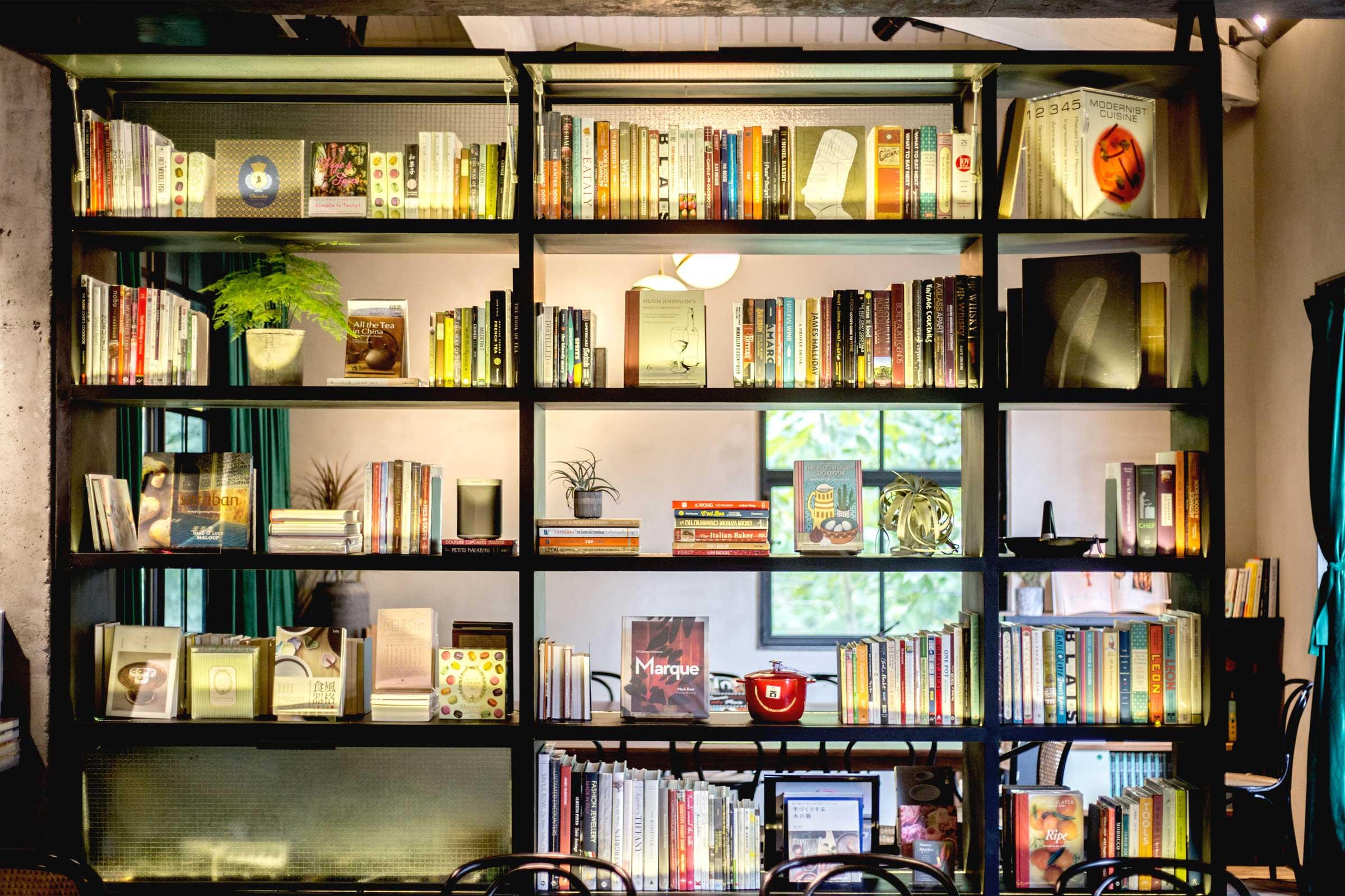 Global cookbooks fill the shelves (Jeremy Smart for  Aerostorie )