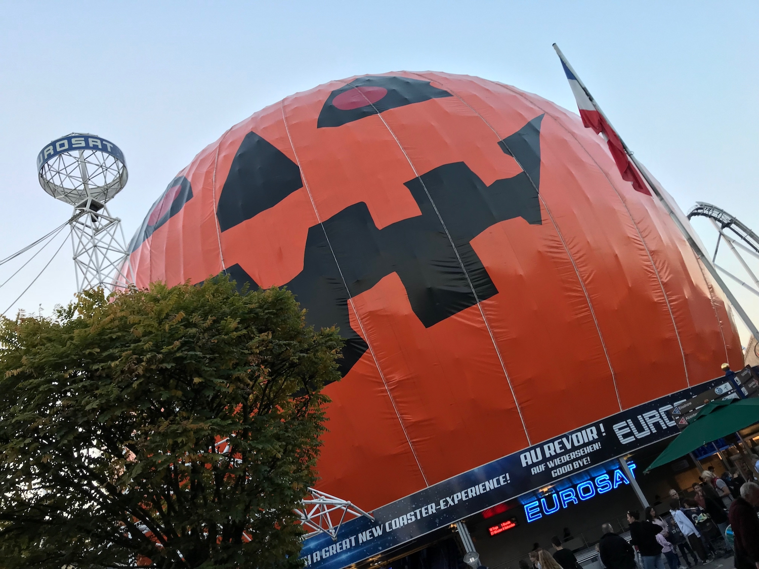 halloween_mark_benecke_wissenschafts_shows_science_days_europapark_kriminalbiologie_mumien - 7.jpg