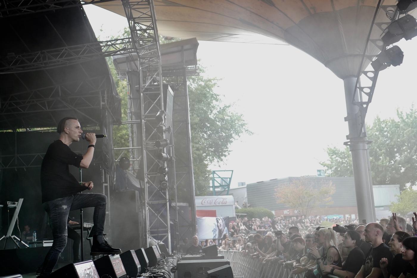 mark_benecke_amphi_festival_koeln_cologne_tanzbrunnen_gothic_OMD_oomph_agonoize_mono_inc_es23_sitd_solar_fake - 150.jpg
