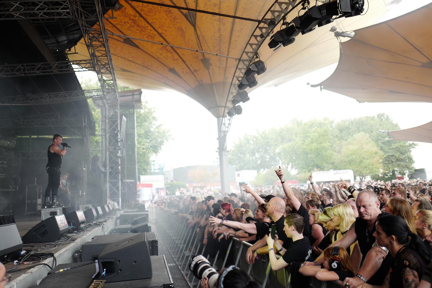 mark_benecke_amphi_festival_koeln_cologne_tanzbrunnen_gothic_OMD_oomph_agonoize_mono_inc_es23_sitd_solar_fake - 122.jpg