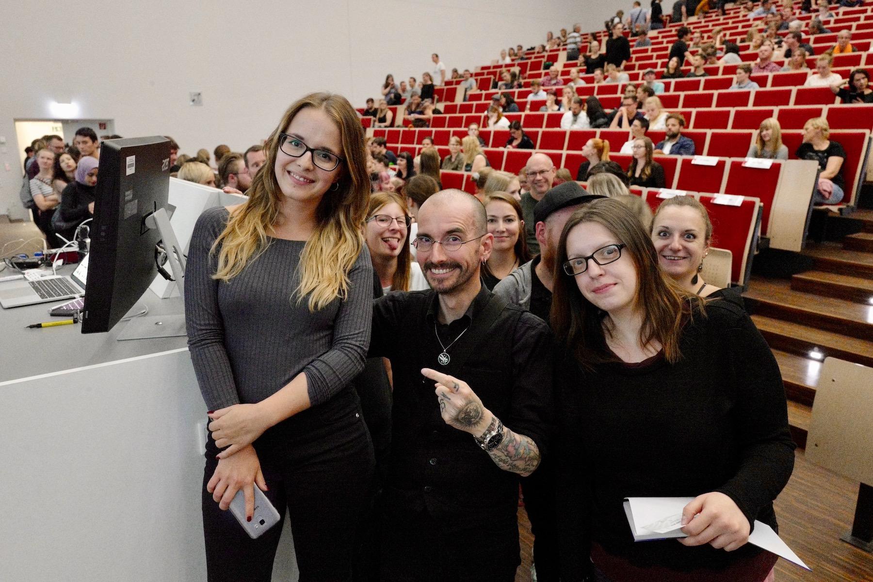 mark_benecke_universitaet_leipzig_fotos_semester_abschluss_vorlesung - 17.jpg