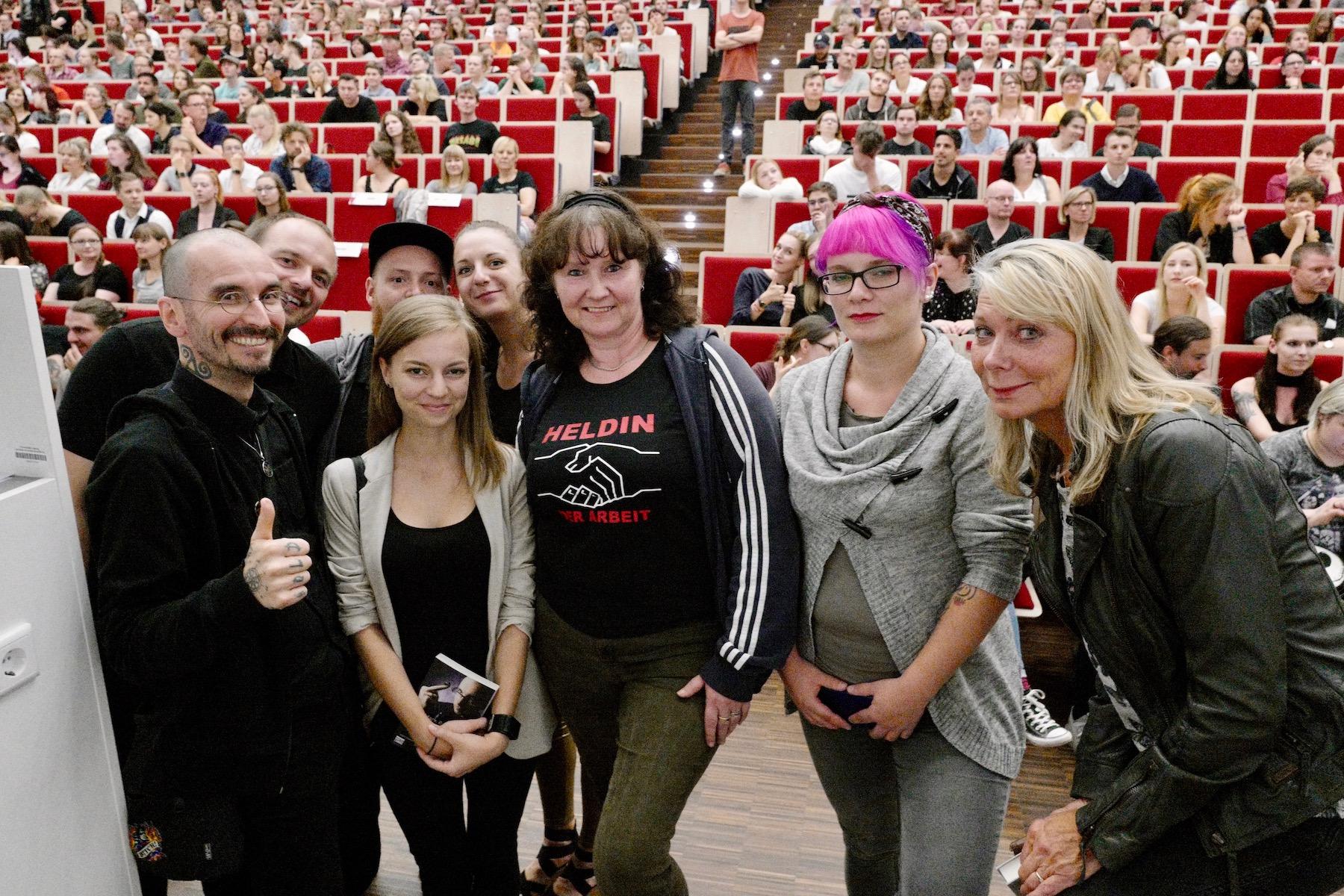 mark_benecke_universitaet_leipzig_fotos_semester_abschluss_vorlesung - 44.jpg