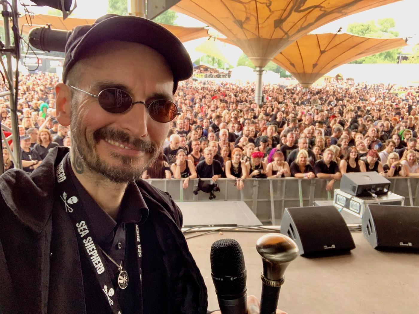 mark_benecke_amphi_festival_koeln_2019 - 37.jpg