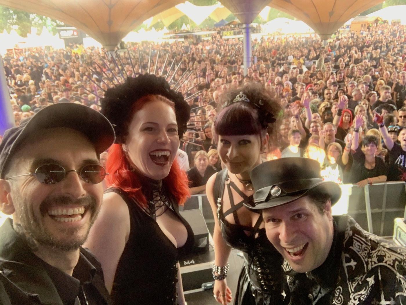 mark_benecke_amphi_festival_koeln_2019 - 75.jpg