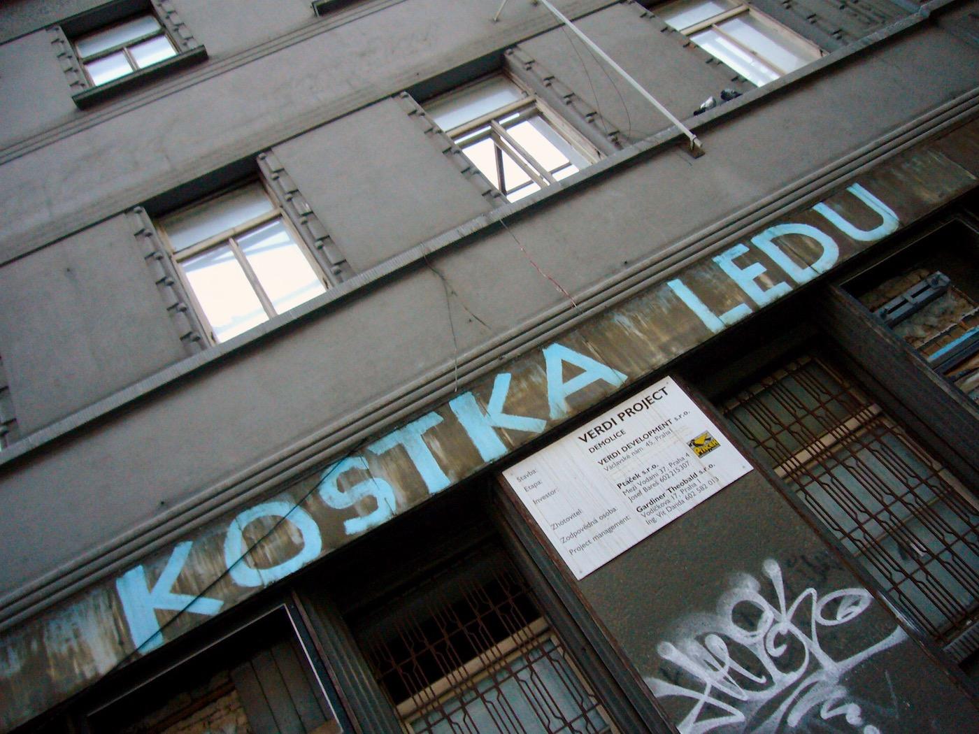 mark_benecke_kutna_hora_sedlec_prag_prague_ossuary_ossuarium - 28.jpg