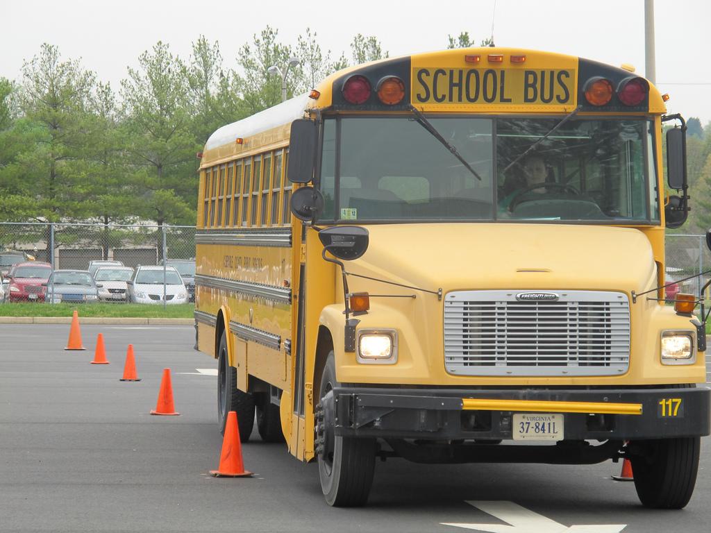 schoolbus2jpg