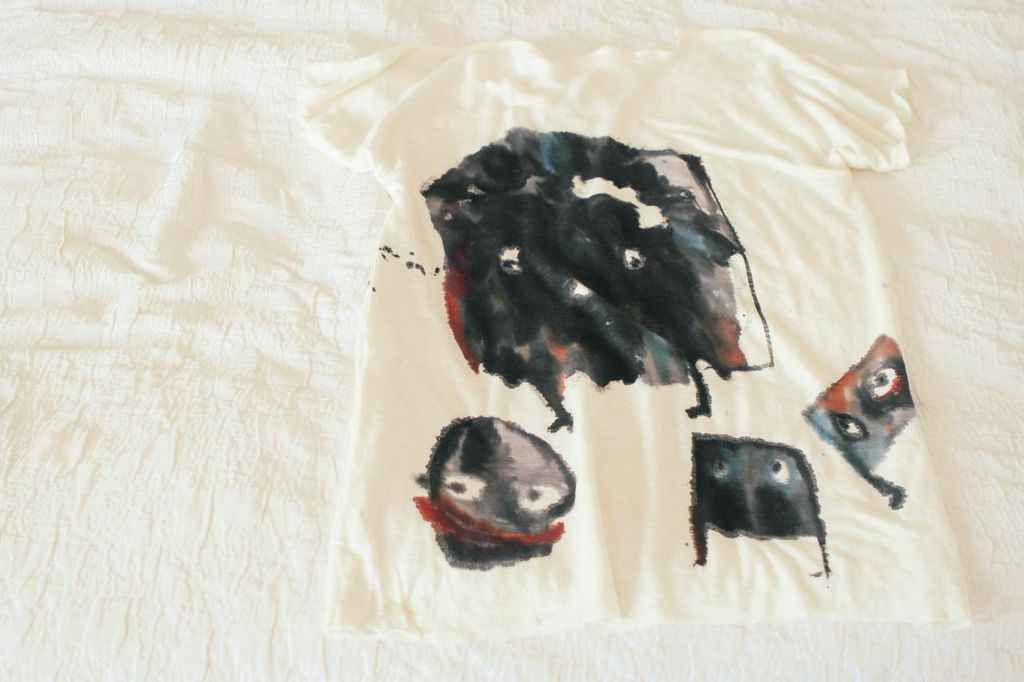 waiting for saturday : alice wease painted t-shirts