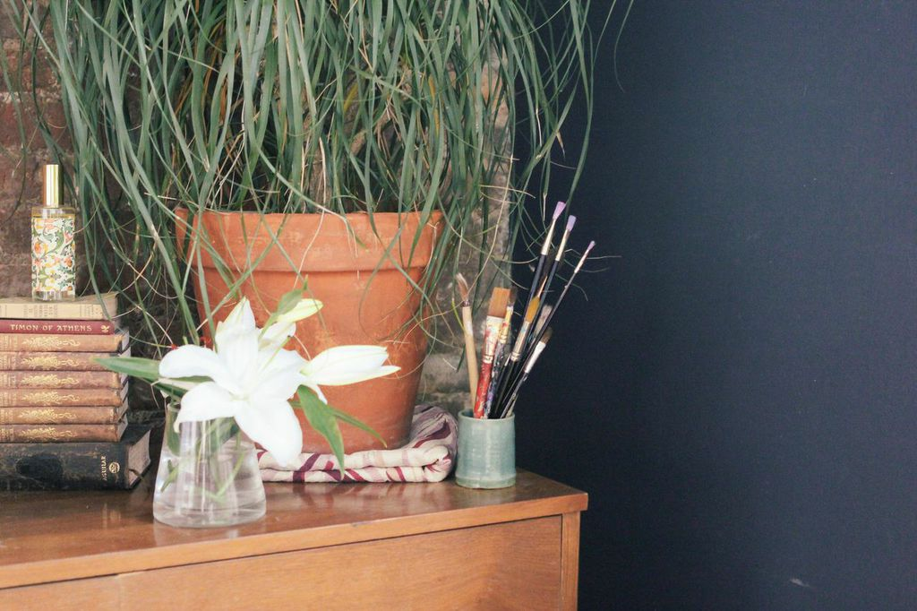 waiting for saturday : christina perez flowers at home