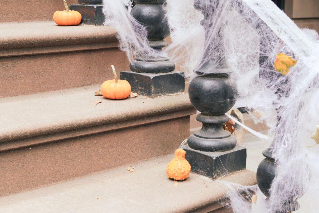 waiting for saturday : halloween