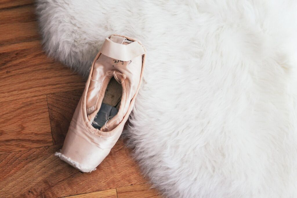 waiting for saturday : ballet shoes