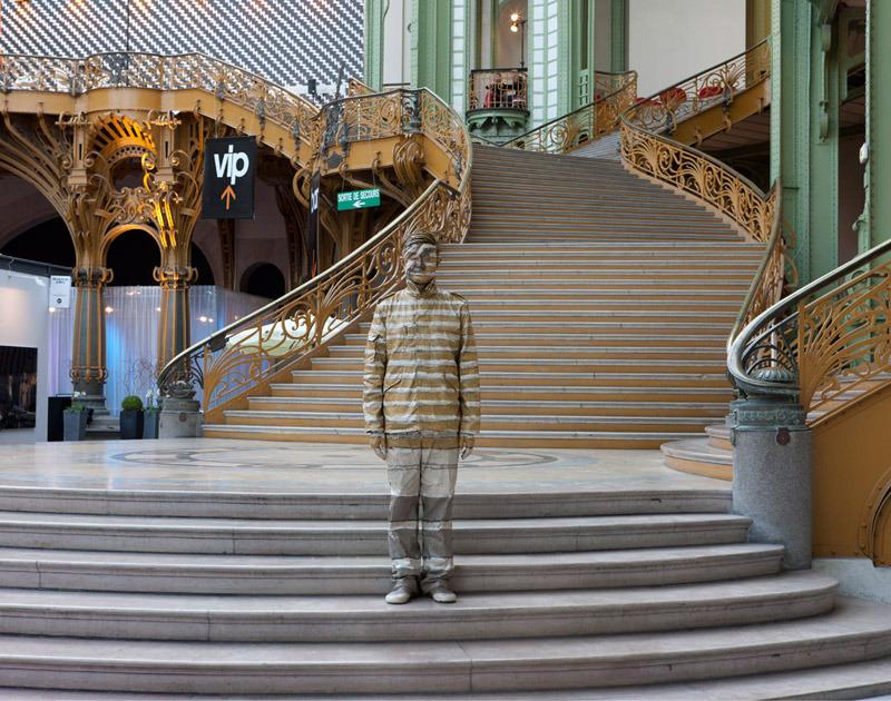 Hiding in the city - Paris, No. 01, Artparis Performance, 2011, variable sizes