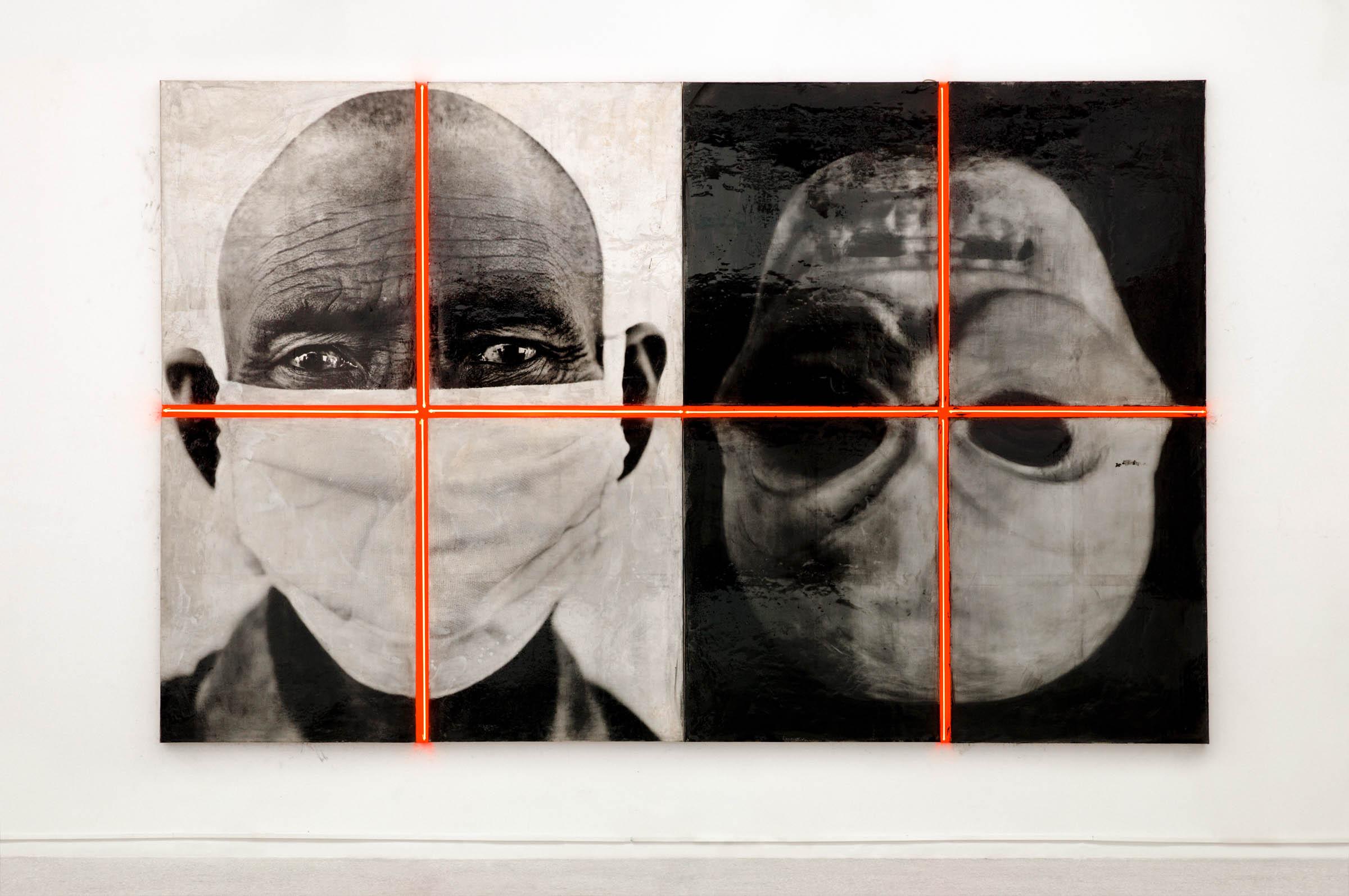 Portrait Dualité, 1995, gelatin silver print on acid-free paper and fabric © BoSTUDIO. Photo by Ma Xiaochun