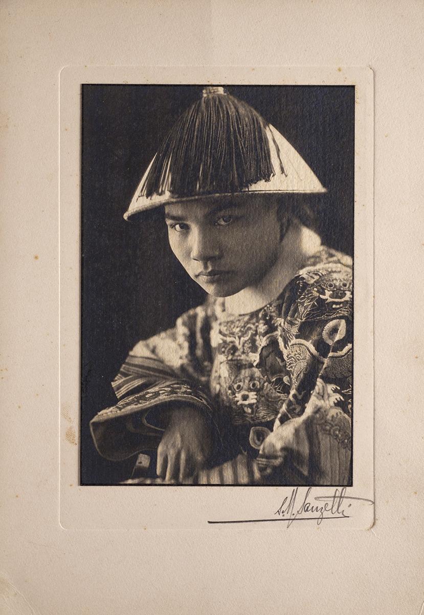 sam-sanzetti-shanghai-1930-1940-photography-of-china-199s.jpg