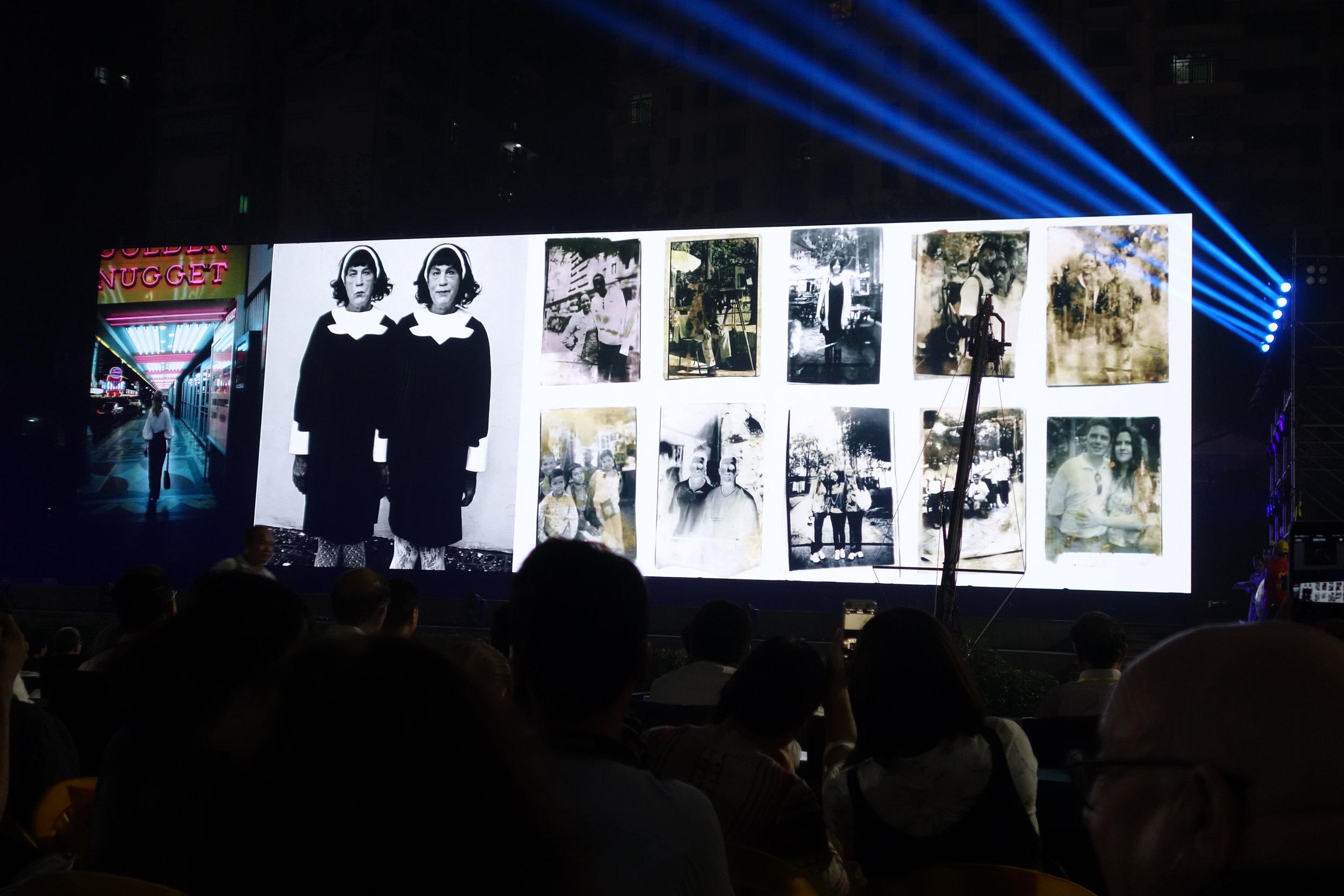 Lianzhou Foto Festival 2016, night slideshow view  © MM Yu