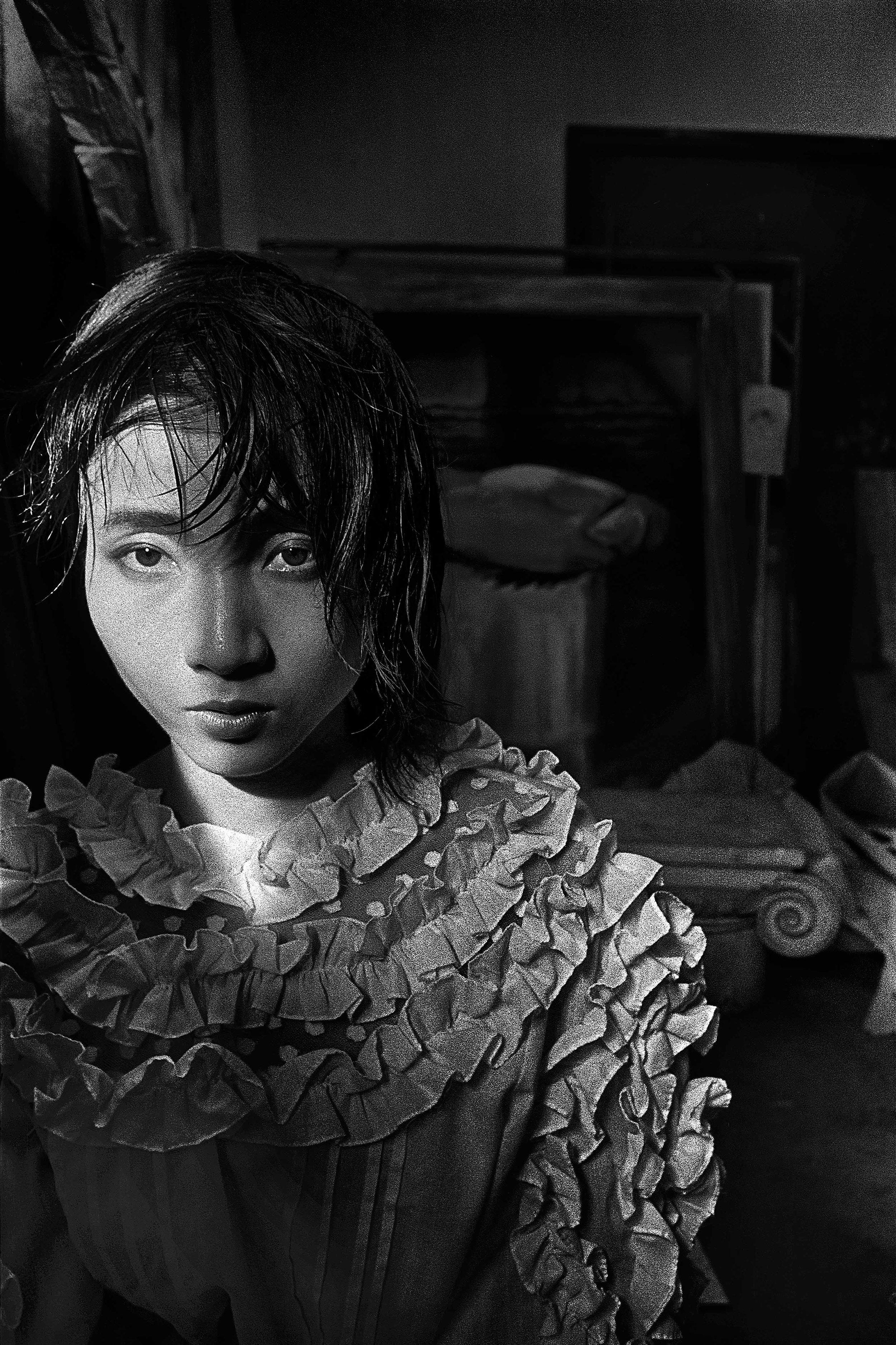 zhang-haier-hu-yuanli-1987-photography-of-chna.jpg