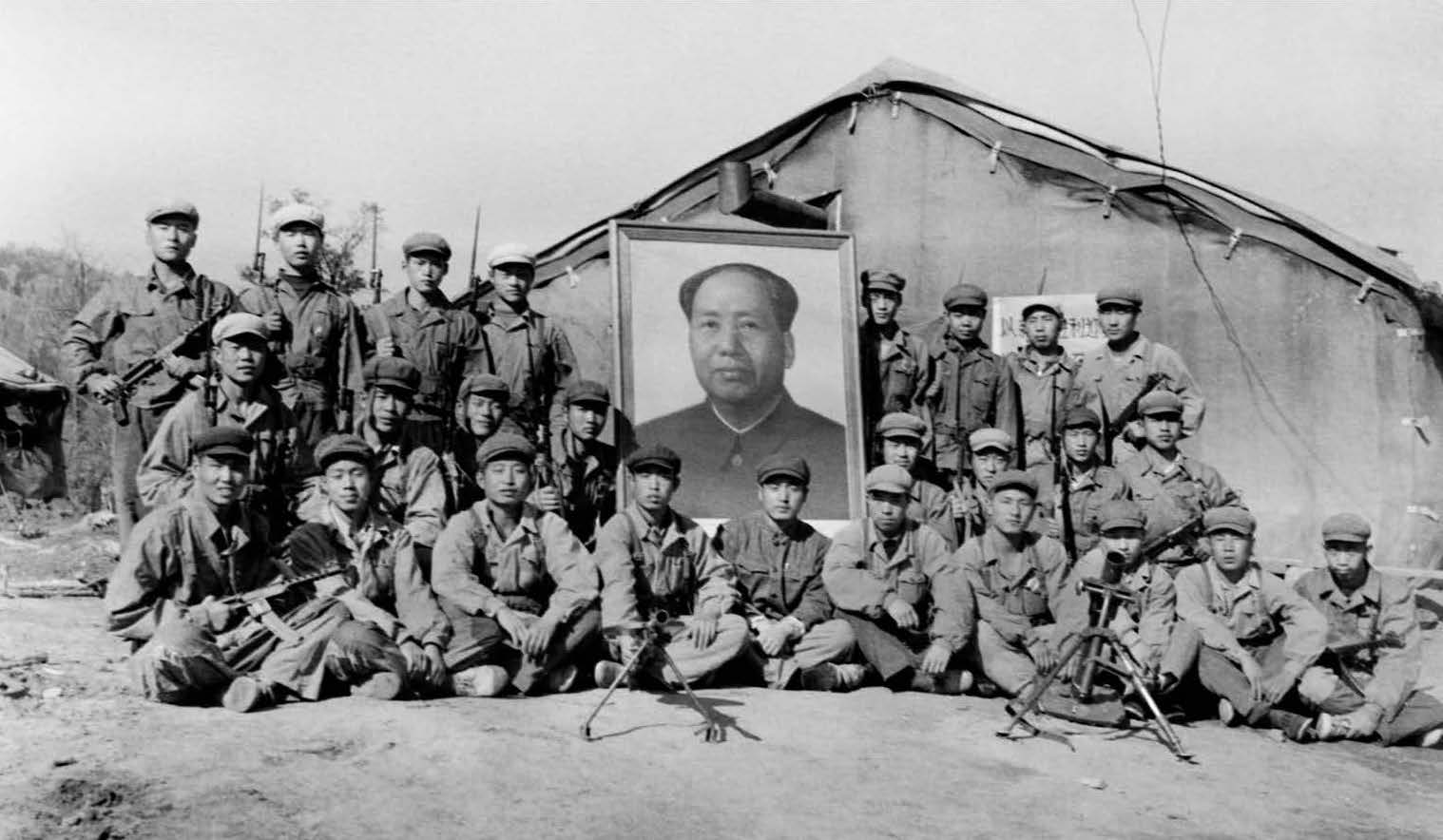 wang-qiuhang-cultural-revolution-selfies-1966-1976-photography-of-china-11.jpg