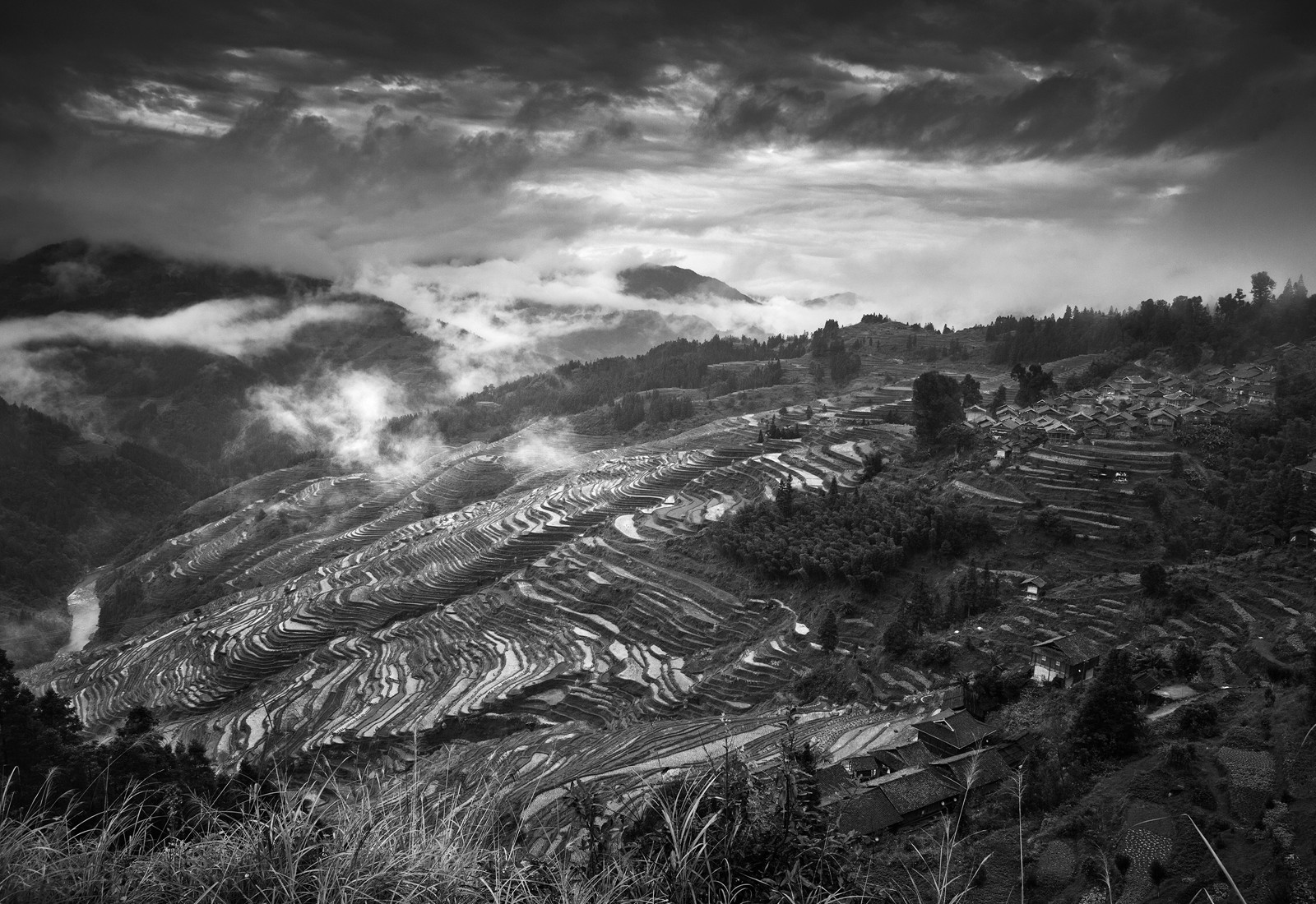 kuang-huimin-ancient-kam-rice-of-millennium-photography-of-china-(1).jpg
