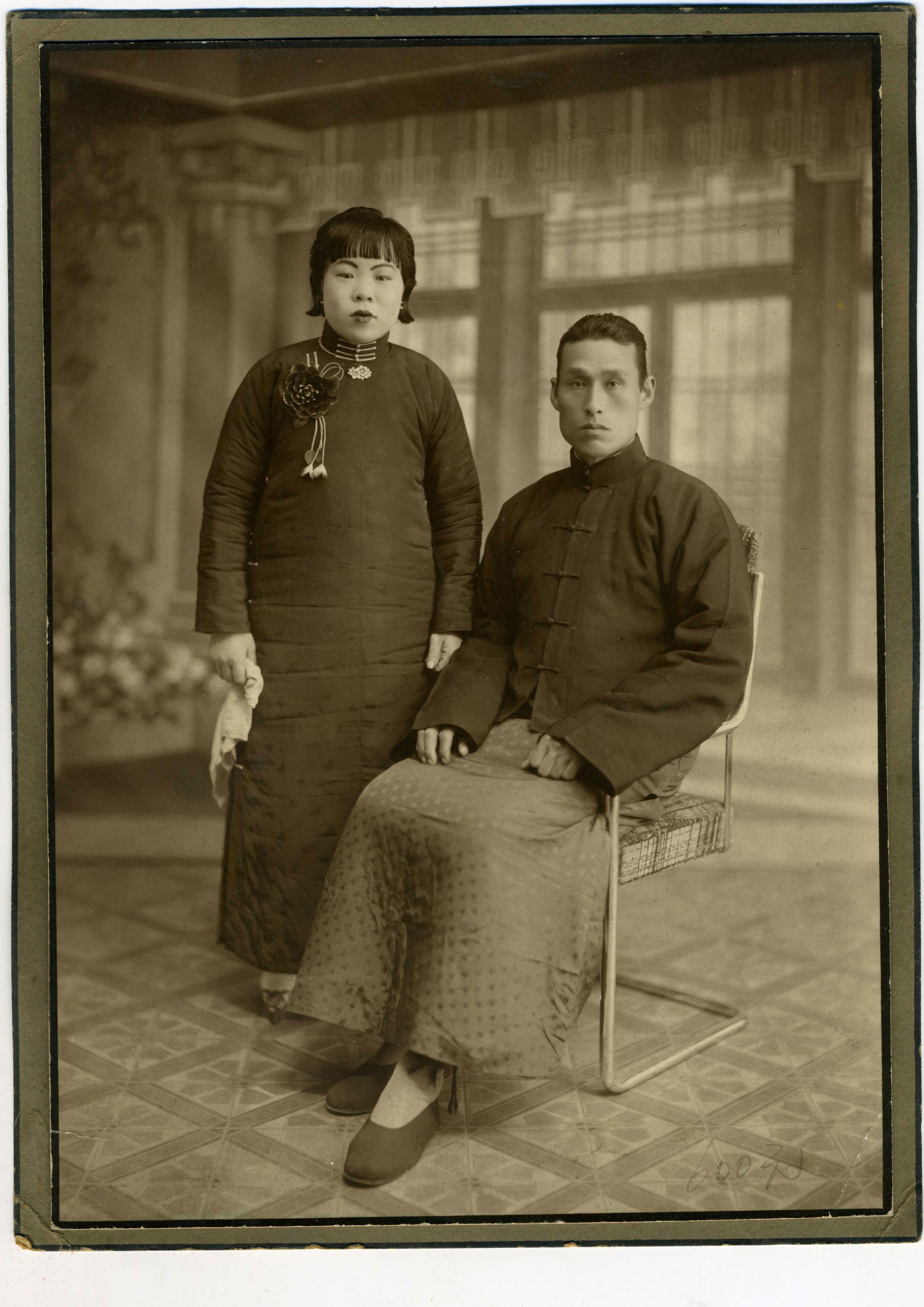 wang-qiuhang-collecting-women-nineteenth-twentieth-centuries-photography-of-china-0022.jpg