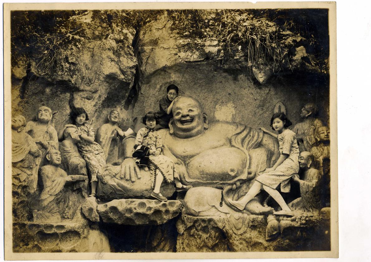 wang-qiuhang-collecting-women-nineteenth-twentieth-centuries-photography-of-china-0071.jpg