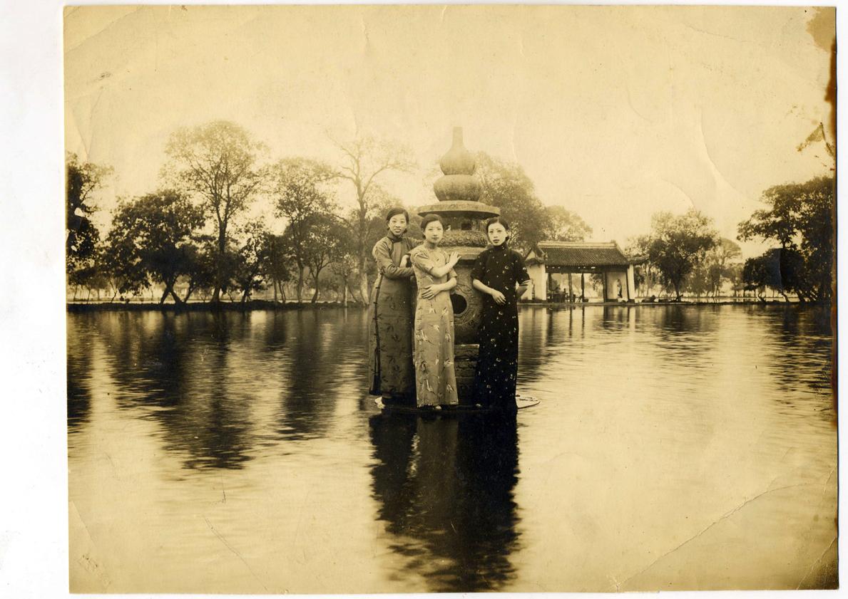 wang-qiuhang-collecting-women-nineteenth-twentieth-centuries-photography-of-china-0072.jpg