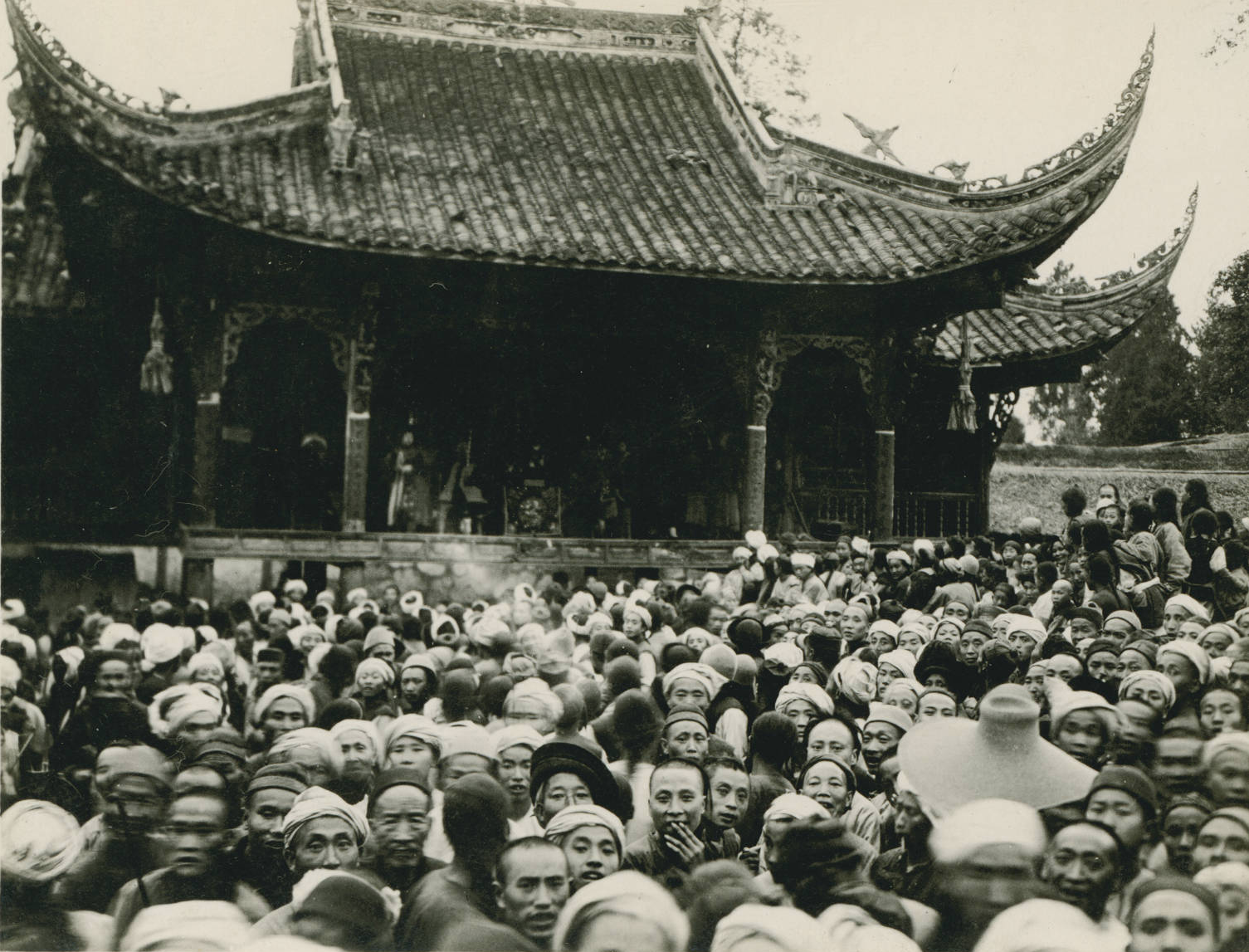 Open air theater at Hsing Chang, 1909-04
