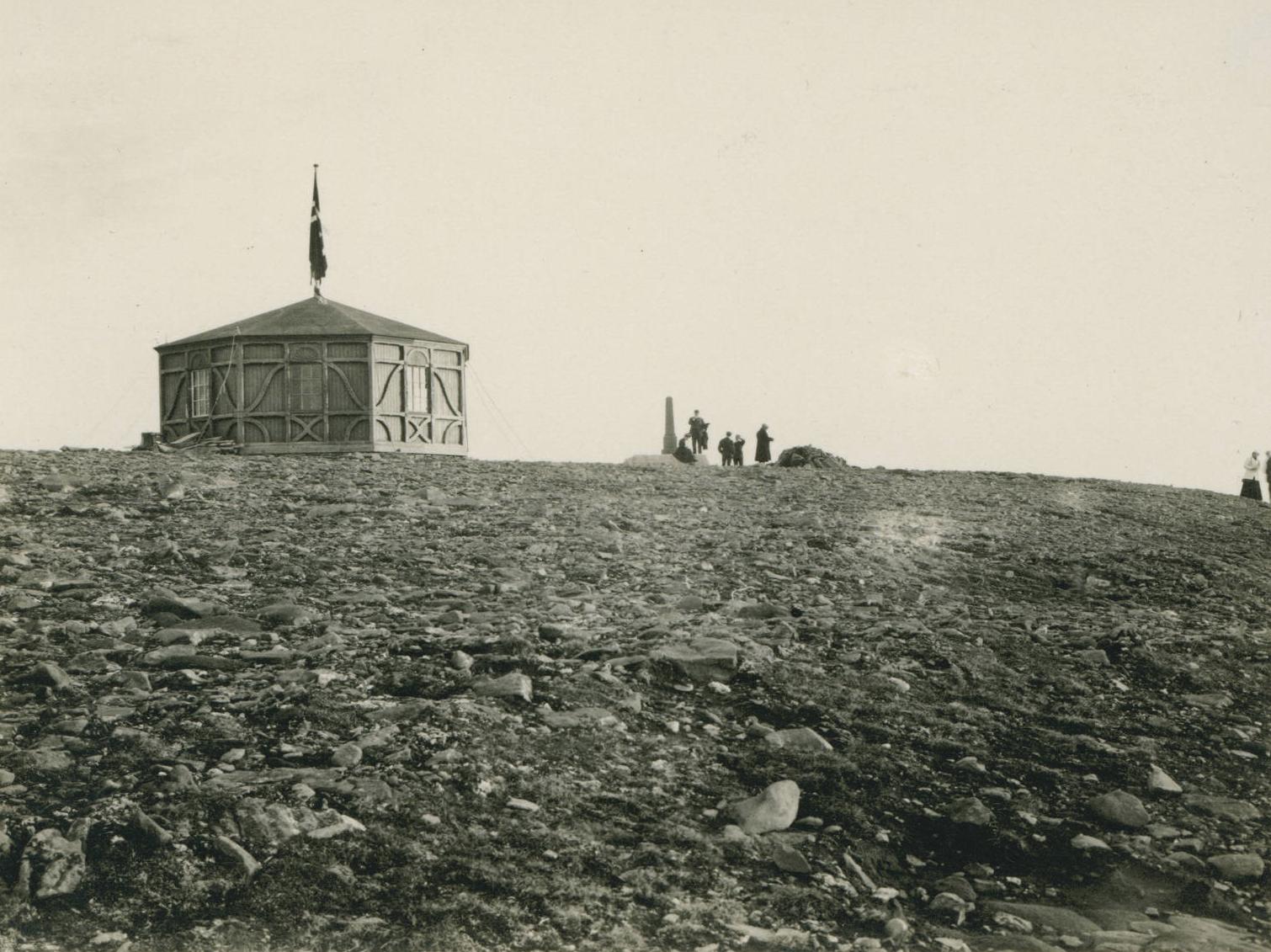 Pavilion at North Cape, 1909-07