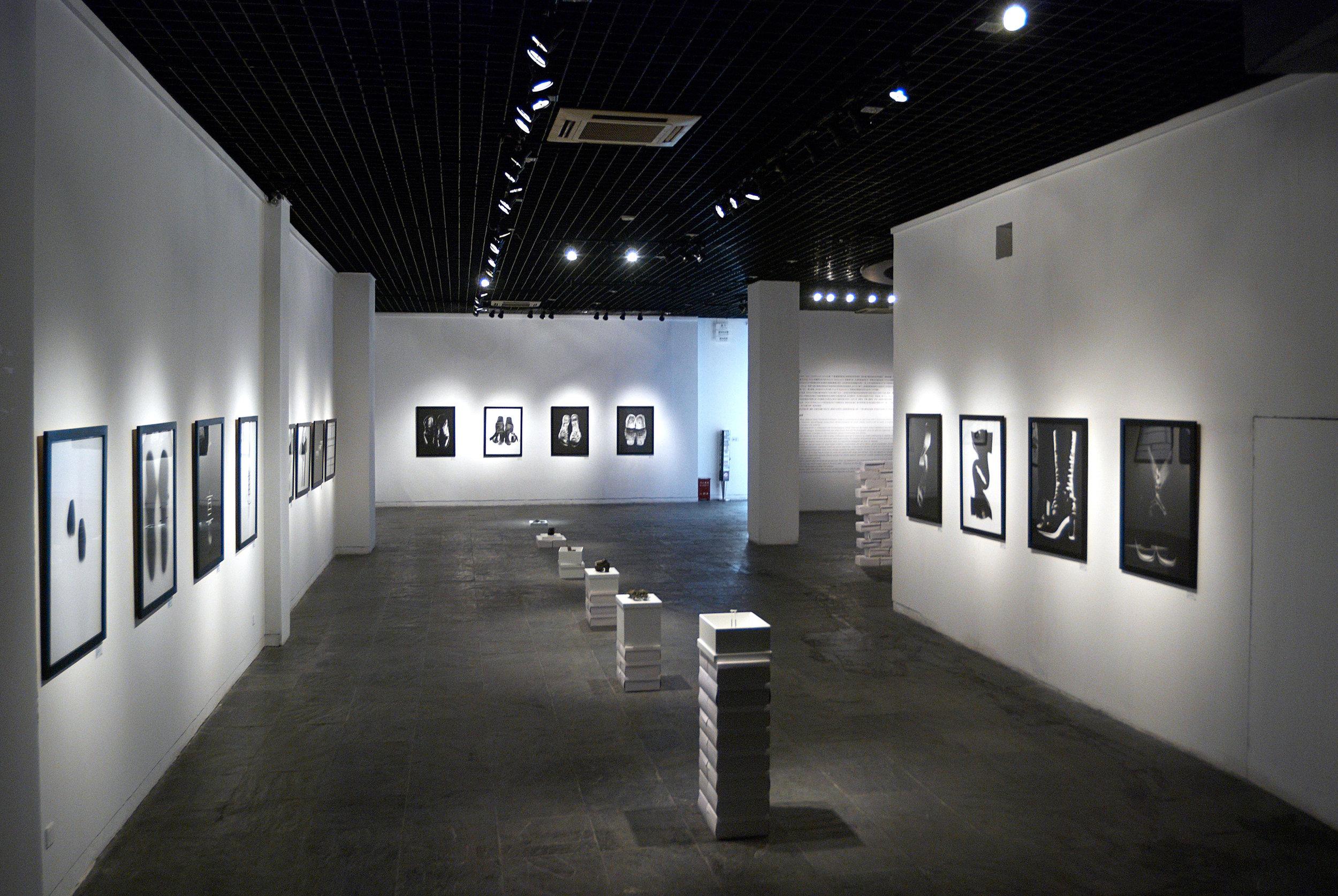 Duolun Museum of Modern Art,  Brain Fashion  exhibition view