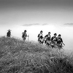 kuang-huimin-ancient-kam-rice-of-millennium-photography-of-china-(12)-400.jpg