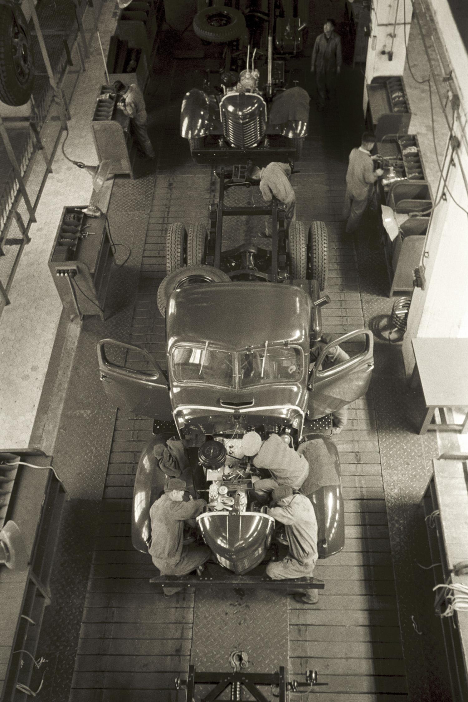 长春汽车制造厂, Changchun Automobile Works, 1959 / Courtesy of Jin Hua