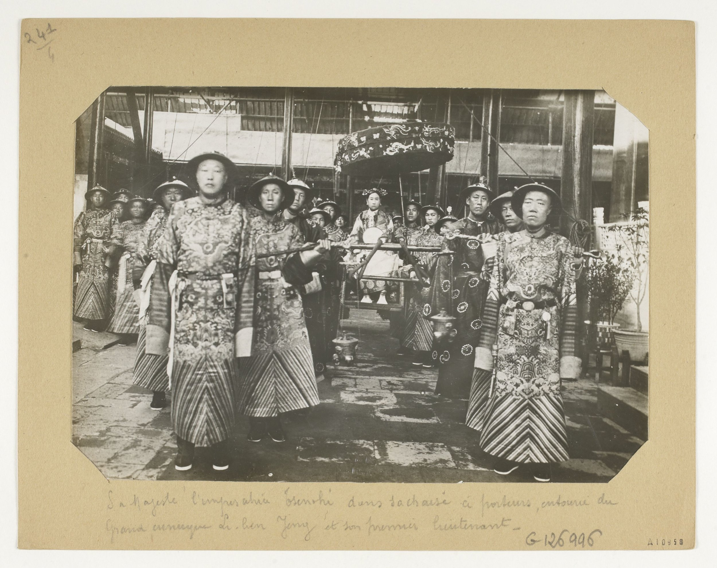 firmin-laribe-china-1904-1910-photography-of-china-10.jpg