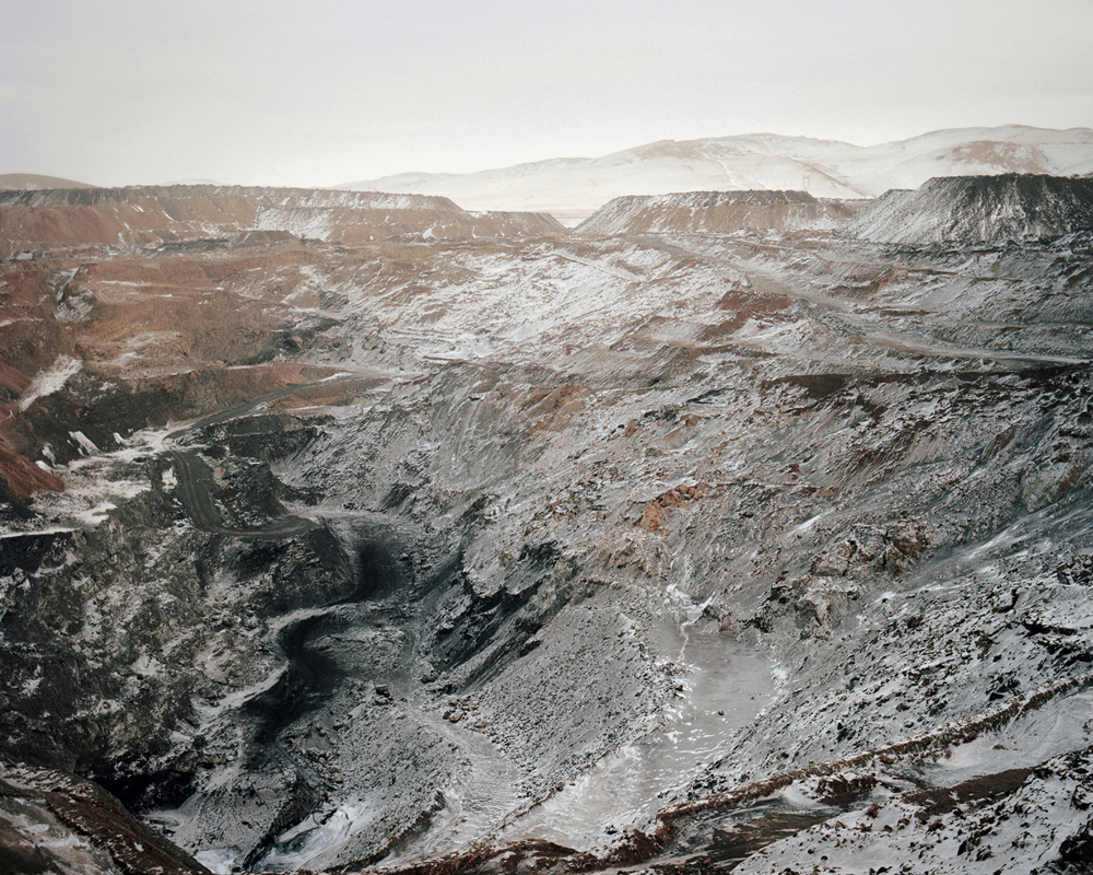Coal mine,Inner Mongolia,2008-li-wei-photography-of-china.jpg