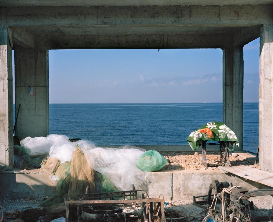 liu-shuwei-photography-of-china- 07 into the blue .jpg