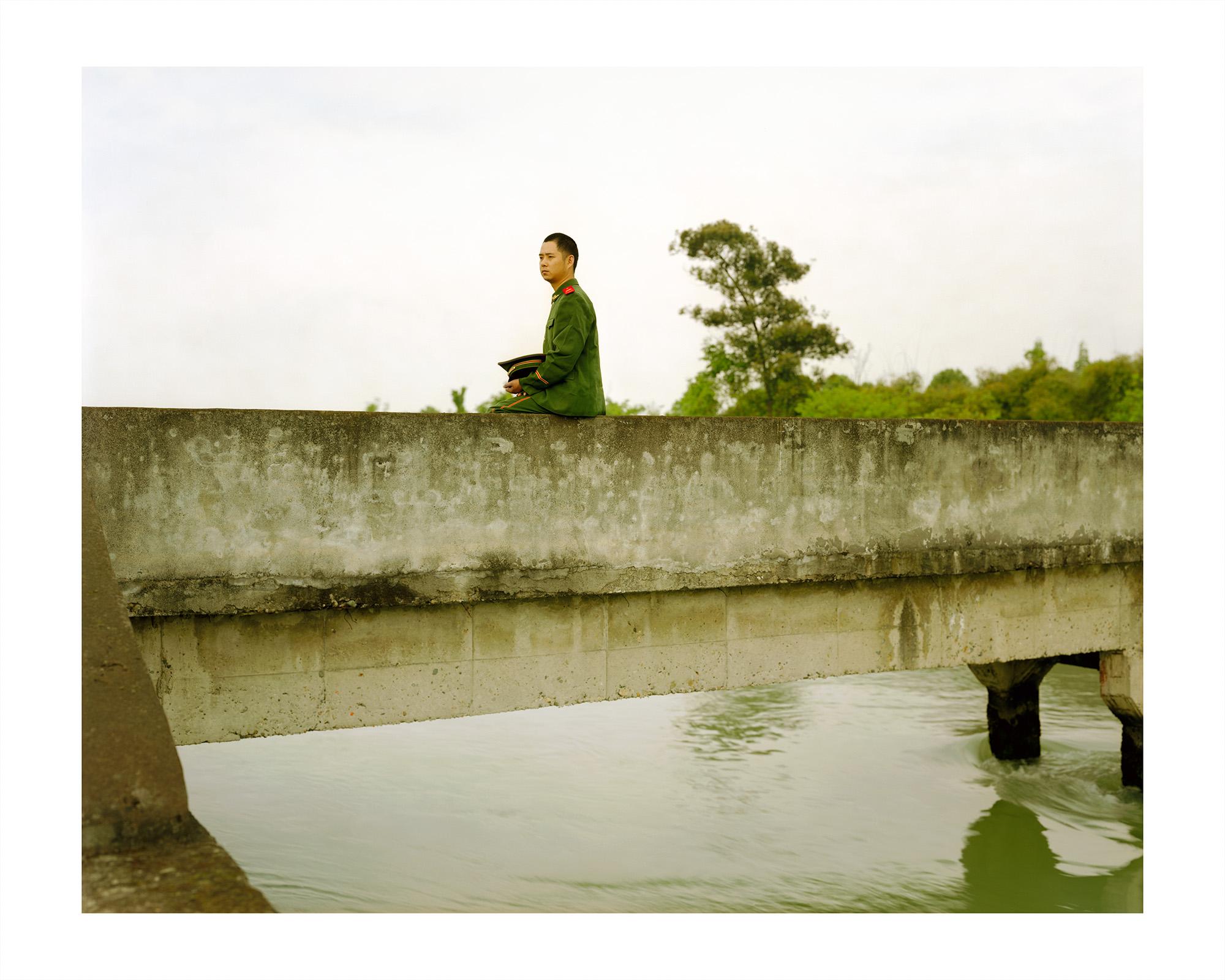 """Behind The Wall"" series © Mu Ge"