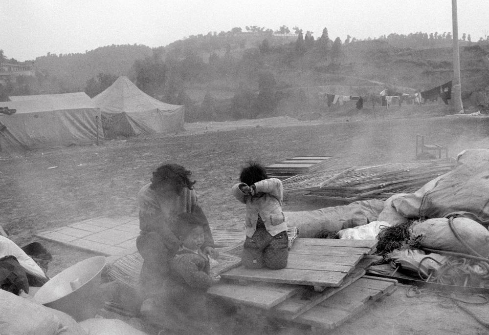 peng-xiangjie-the-wandering-tent-photography-of-china-8.jpg