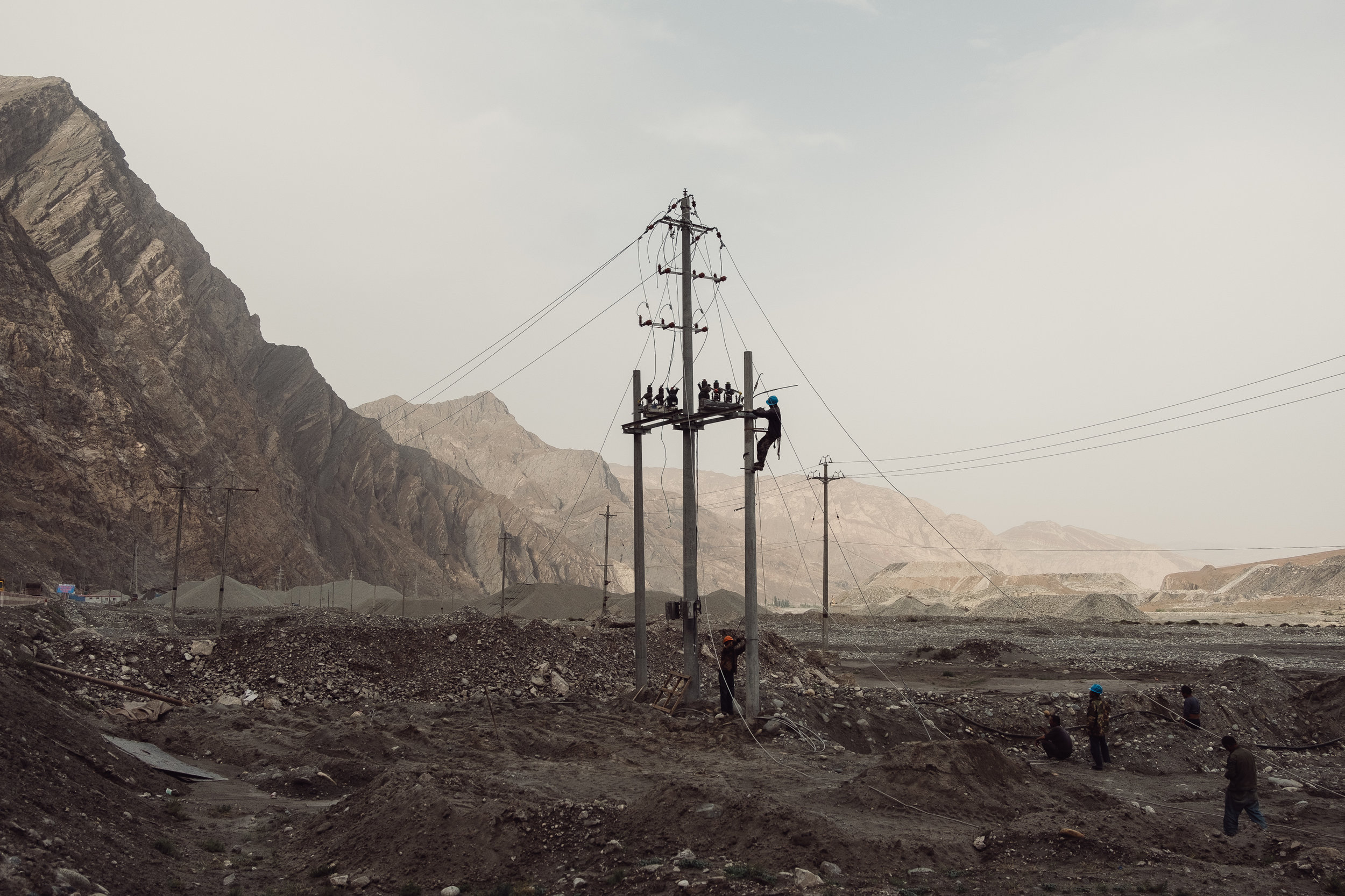 The Newer New Frontier-21-yuyang-liu-photography-of-china.jpg