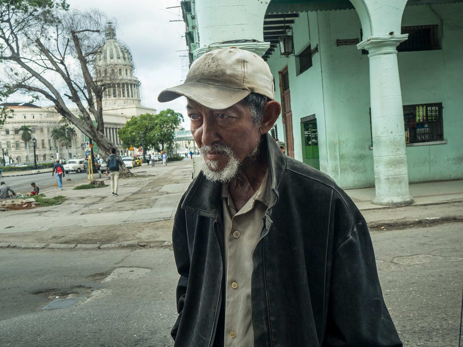 luis_alarcon_yellow_last_chinese_in_cuba_photography_of_china_15.jpg