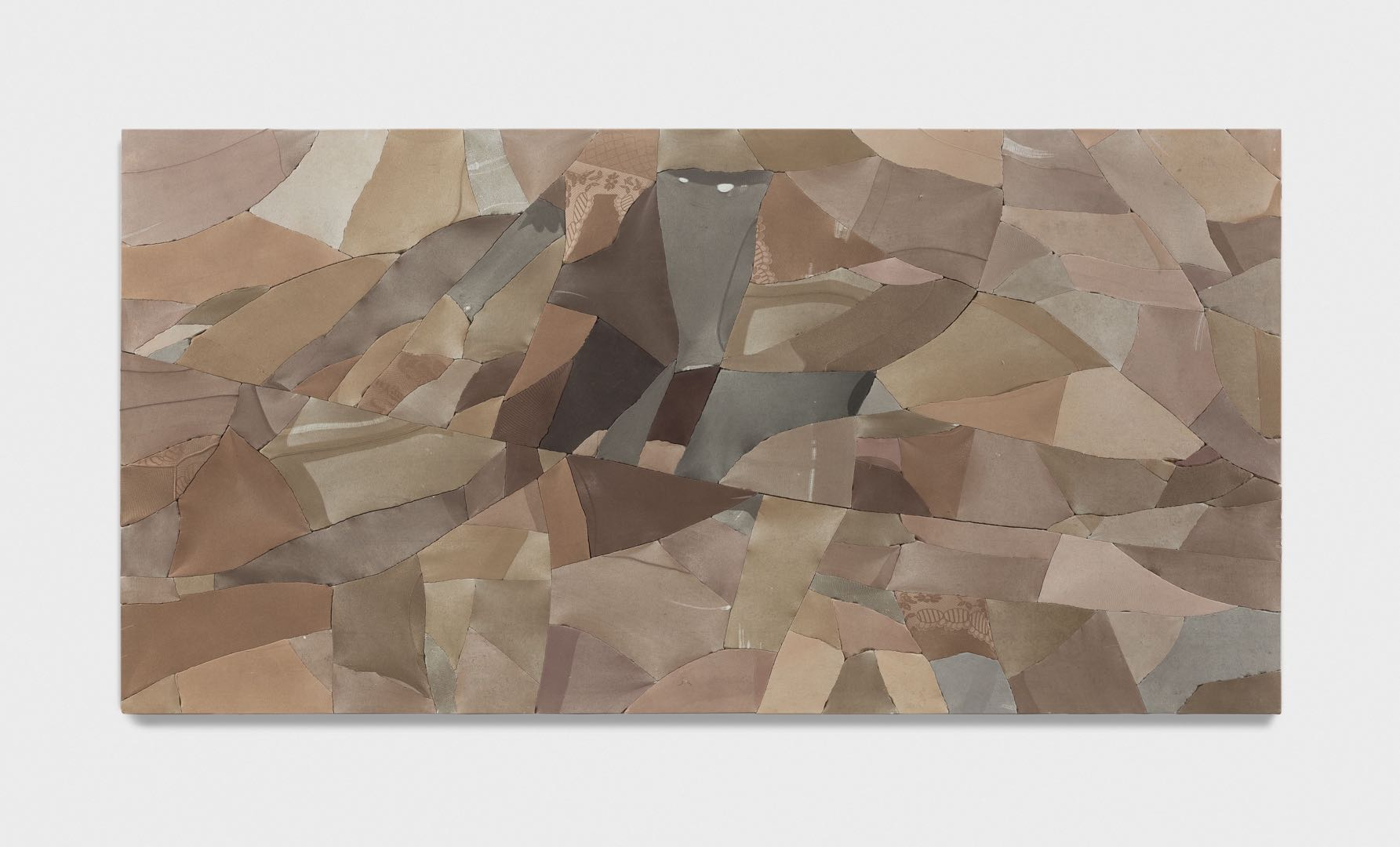Ma Qiusha,  Wonderland /Valley , 122cmx 244cm, 2016 | Courtesy of the Artist