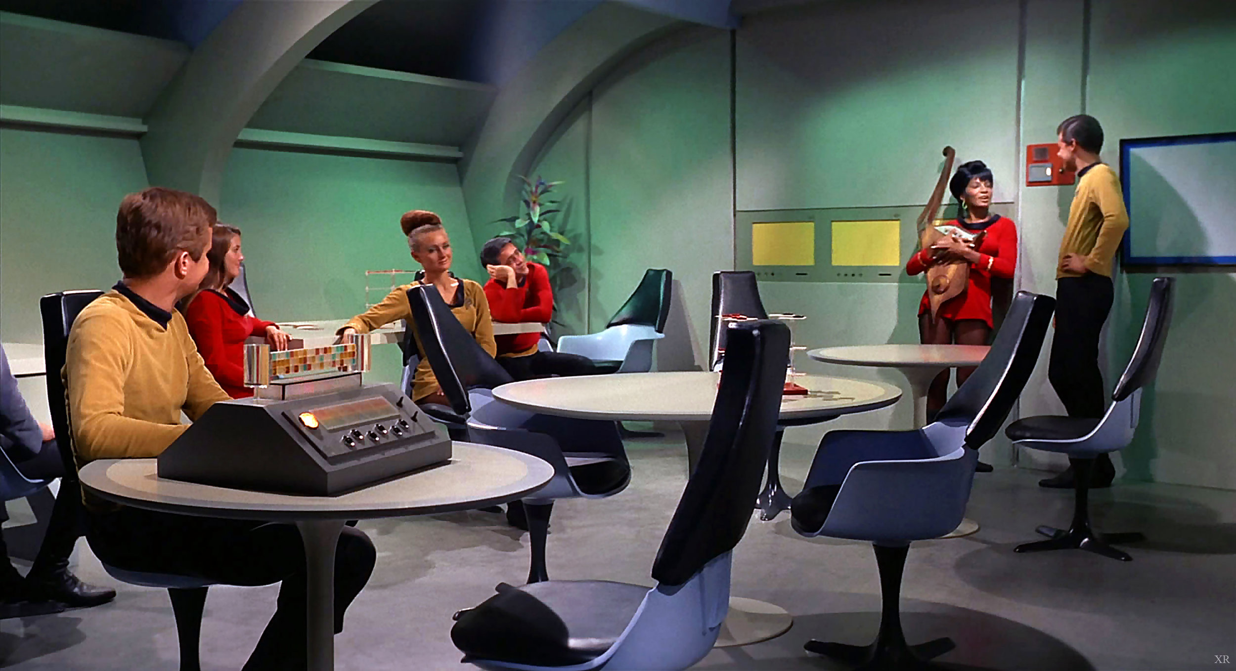 retro-time-capusle-star-trek-chairs.jpg