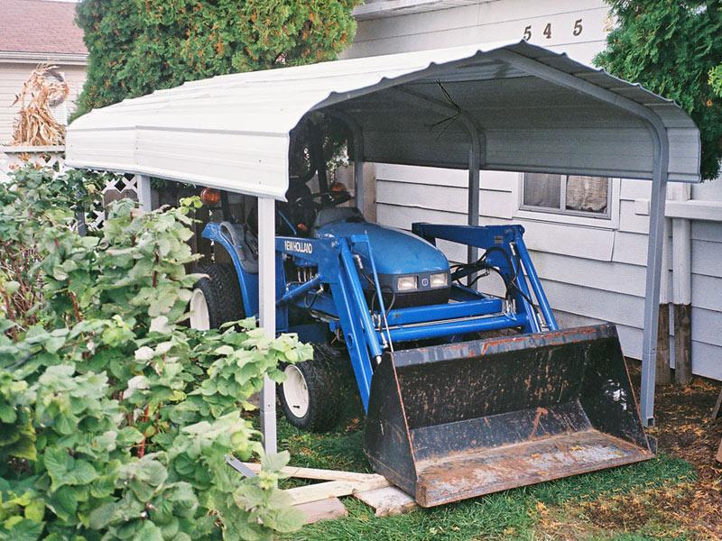 7x10x6 blue tractor.jpg