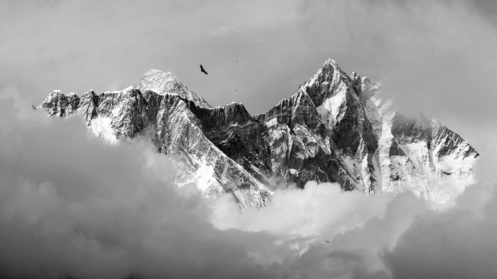 Everest_Lhotse_FirstView.jpg
