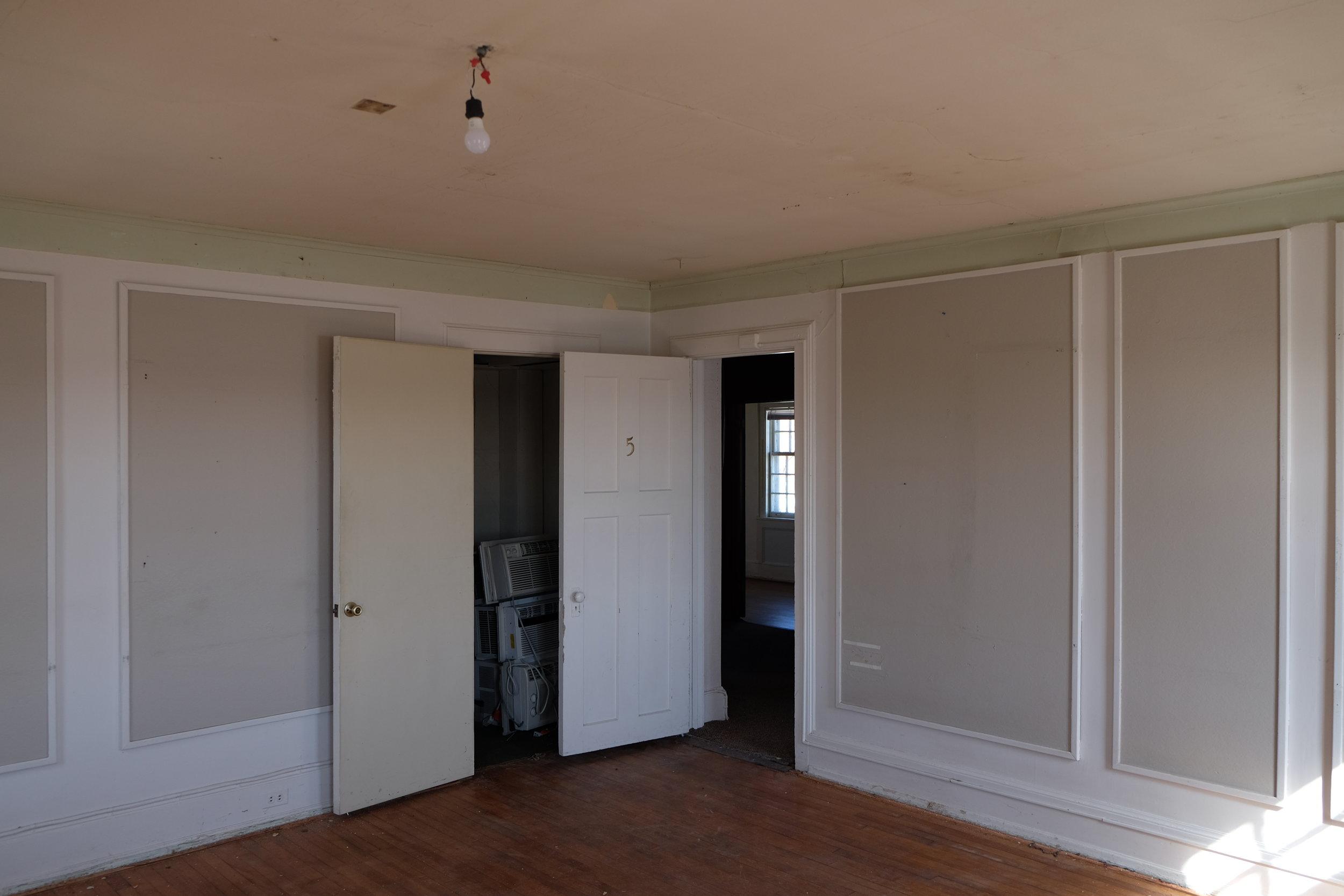 Maison Bodega upstairsbedroom.JPG